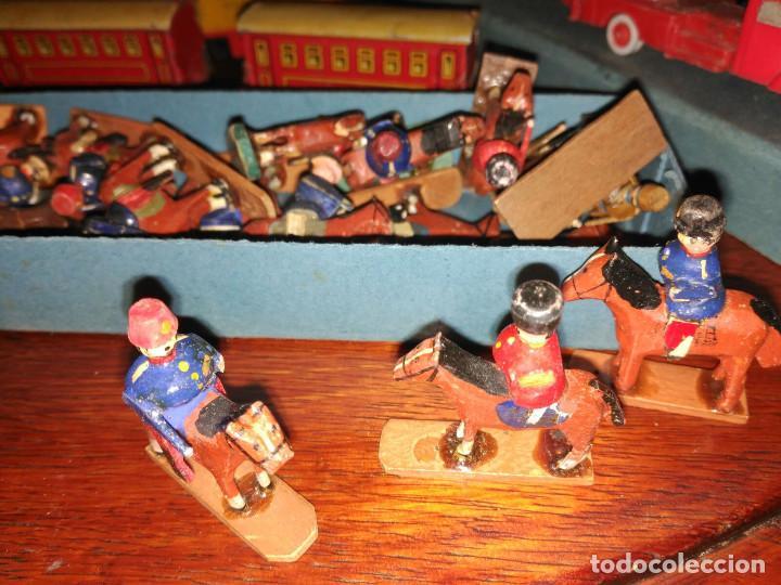 SOLDADITOS DE MADERA (Juguetes - Soldaditos - Otros soldaditos)