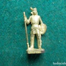 Juguetes Antiguos: FIGURA METÁLICA HUEVOS KINDER. Lote 105969963