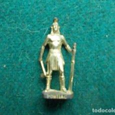 Juguetes Antiguos: FIGURA METÁLICA HUEVOS KINDER. Lote 105970135