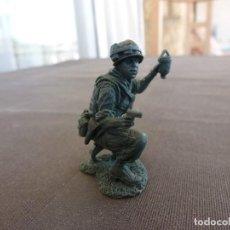 Juguetes Antiguos: VIETNAM WAR(1968)-U.S. MARINE VIETNAM ESCALA 1/32(54/60MM) . Lote 122586639