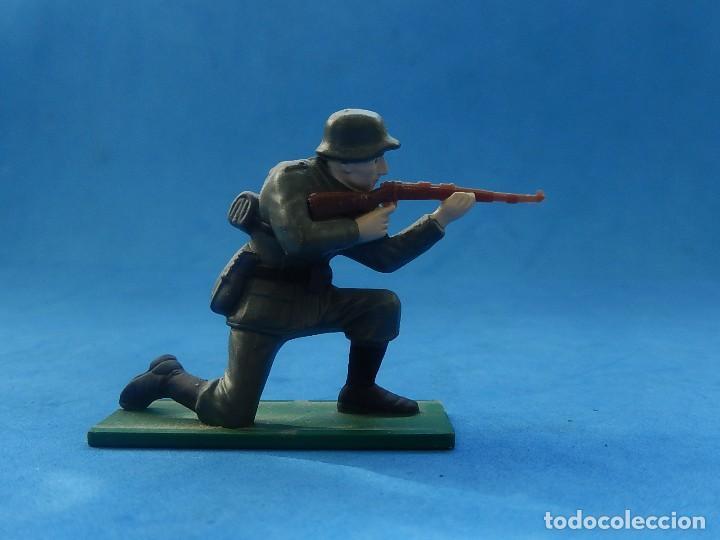 Juguetes Antiguos: Elite Command. Diecast Soldiers. Erwin Rommel y Soldados alemanes. Blue-Box. - Foto 9 - 129461791