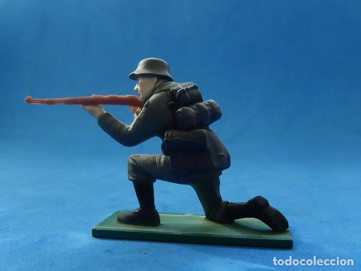 Juguetes Antiguos: Elite Command. Diecast Soldiers. Erwin Rommel y Soldados alemanes. Blue-Box. - Foto 10 - 129461791