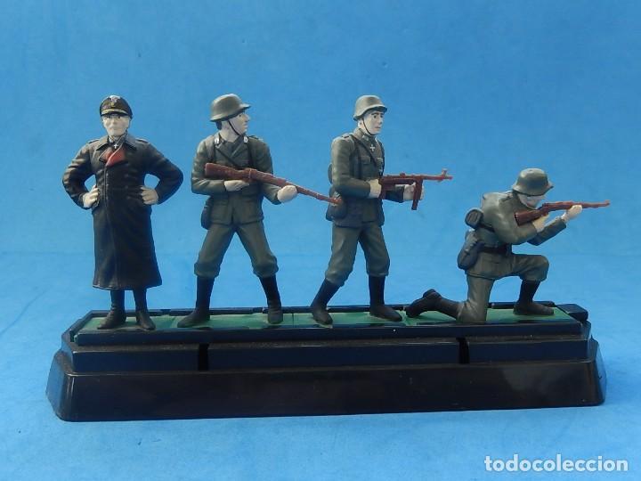 Juguetes Antiguos: Elite Command. Diecast Soldiers. Erwin Rommel y Soldados alemanes. Blue-Box. - Foto 11 - 129461791