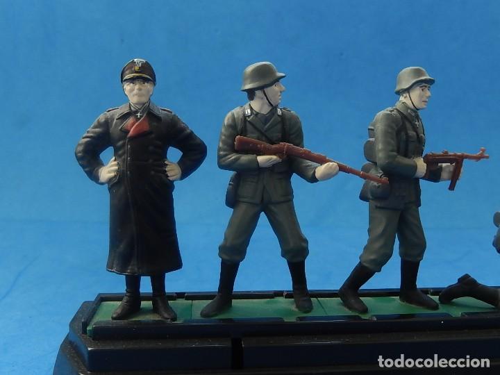 Juguetes Antiguos: Elite Command. Diecast Soldiers. Erwin Rommel y Soldados alemanes. Blue-Box. - Foto 12 - 129461791
