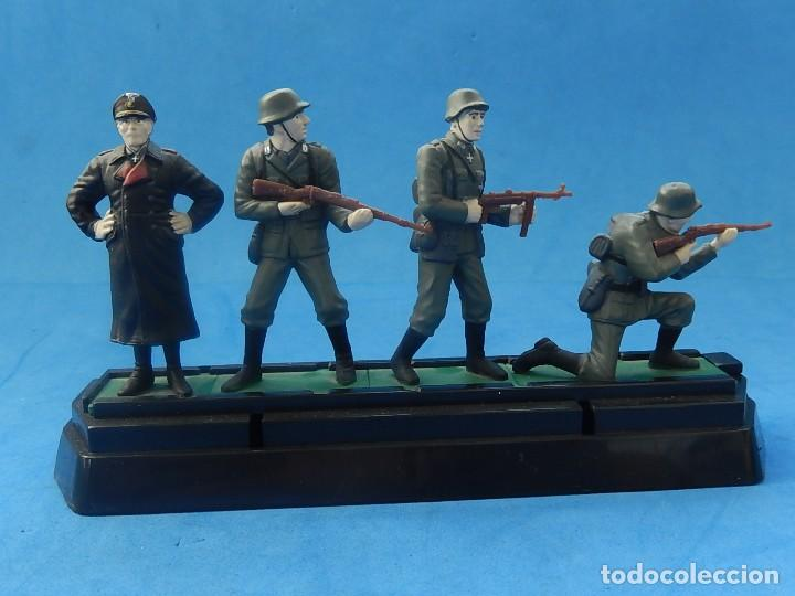 Juguetes Antiguos: Elite Command. Diecast Soldiers. Erwin Rommel y Soldados alemanes. Blue-Box. - Foto 14 - 129461791