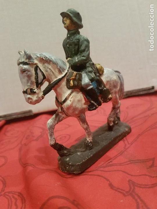 Juguetes Antiguos: Soldado alemán a caballo de pasta, tipo Lineol, Elastolín etc - Foto 2 - 136143006