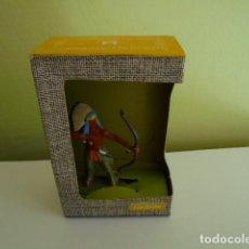 Juguetes Antiguos: INDIEN CON CAJA DE LA MARCA ELASTOLIN. Lote 136709018