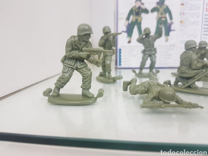 Juguetes Antiguos: Matchbox combatientes tropas americanas escala 1/32 11 personajes variados - Foto 8 - 147158242