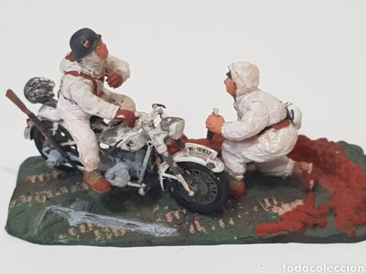 Juguetes Antiguos: 2° GUERRA MUNDIAL - MOTOCICLETA Y JEEP - MINIATURAS, CREO QUE SON TAMIYA DE LOS AÑOS 70. - Foto 7 - 150367749