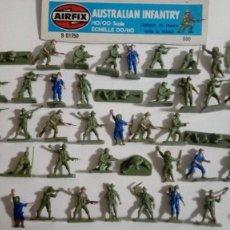 Juguetes Antiguos: AIRFIX ORIGINAL HO-1/72: 48 SOLDADOS INFANTERÍA AUSTRALIANA DE LA 2ª GUERRA MUNDIAL AÑOS 70. PTOY. Lote 156908414