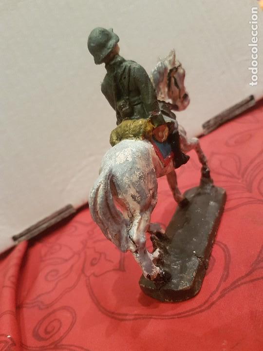 Juguetes Antiguos: Soldado alemán a caballo de pasta, tipo Lineol, Elastolín etc - Foto 3 - 136143006