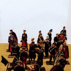 Juguetes Antiguos: 24 SOLDADOS DE MADERA PINTADOS A MANO POR P. HENRY. Lote 159735824