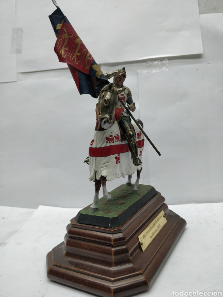 Juguetes Antiguos: Soldado de plomo caballería a banderas o de Enrique V Inglaterra 1415 E-008 - Foto 2 - 165460732