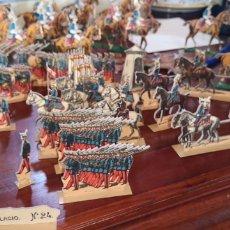 Juguetes Antiguos: GUARDIA REAL DE PALACIO, RECORTABLES DE HERNANDO, PEGADO SOBRE PLÁSTICO. Lote 165724449
