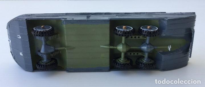 Juguetes Antiguos: Vehículo militar camión anfibio años 40 + 9 soldaditos - Foto 12 - 166271774