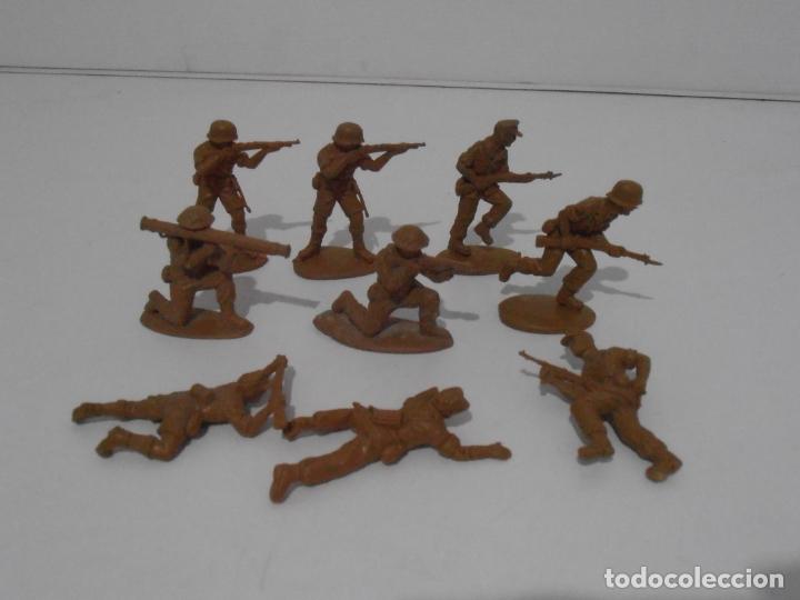 LOTE 9 SOLDADITOS PLASTICO, 5 CM, B9, SOLDADOS (Juguetes - Soldaditos - Otros soldaditos)