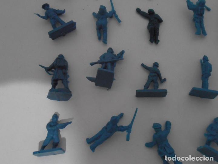 Juguetes Antiguos: LOTE 24 SOLDADITOS PLASTICO, 2 CM, A24, SOLDADOS - Foto 4 - 166314738