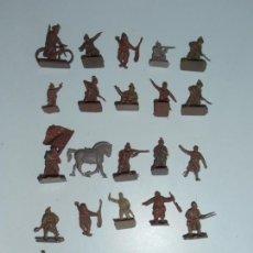 Juguetes Antiguos: LOTE 25 SOLDADITOS PLASTICO, 2 CM, M25, SOLDADOS. Lote 166315702