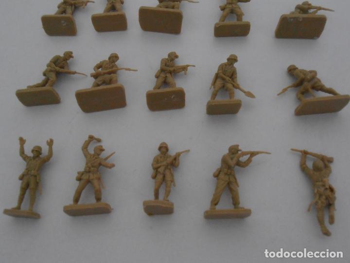 Juguetes Antiguos: LOTE 17 SOLDADITOS PLASTICO, 2 CM, D17, SOLDADOS - Foto 4 - 166315822