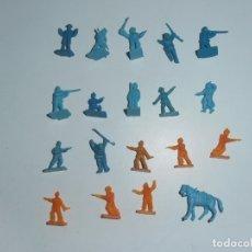 Juguetes Antiguos: LOTE 19 SOLDADITOS PLASTICO, 2 CM, M19, SOLDADOS. Lote 166316234