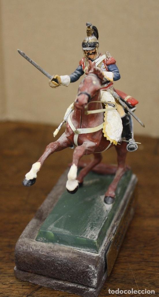 Juguetes Antiguos: FIGURA SOLDADO FRENCH CUIRASSIER WATERLOO 1815. EN RESINA. SOBRE PEANA - Foto 2 - 166402557