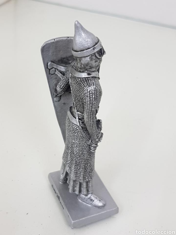 Juguetes Antiguos: Soldado fabricado en resina 2006 Veronese guerrero medieval con cota de malla 12 cm - Foto 3 - 167137916