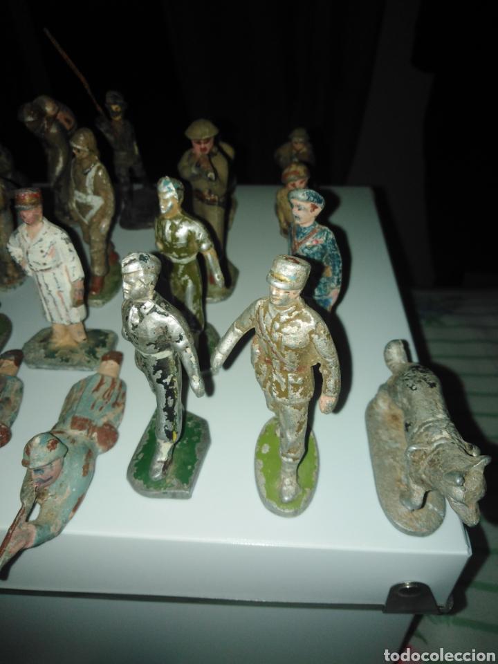 Juguetes Antiguos: Lote soldados años 40. - Foto 3 - 167544934