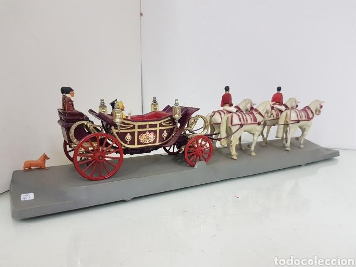 Juguetes Antiguos: Corgi viñeta 1902 State Landau silver Jubilee 1977 carroza real - Foto 3 - 169420685