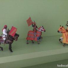 Juguetes Antiguos: LOTE LIQUIDACION!! - 3 GUERREROS A CABALLO DE PLOMO - GCH. Lote 169603356