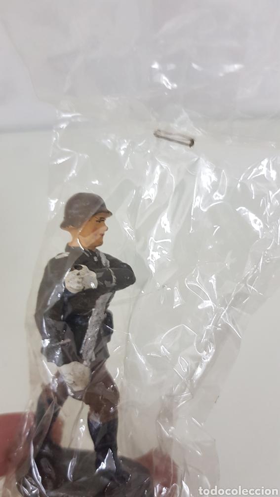 Juguetes Antiguos: Soldado Elastolin en marcha Guerra Mundial - Foto 3 - 171978680