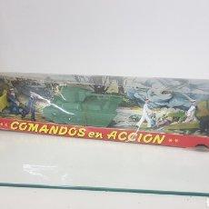 Juguetes Antiguos: COMANDOS EN ACCIÓN JUGUETES FABRICADOS EN ESPAÑA DE PLÁSTICO TORRES MALTAS MEDIDA DE LA CAJA 56X9CMS. Lote 178009275