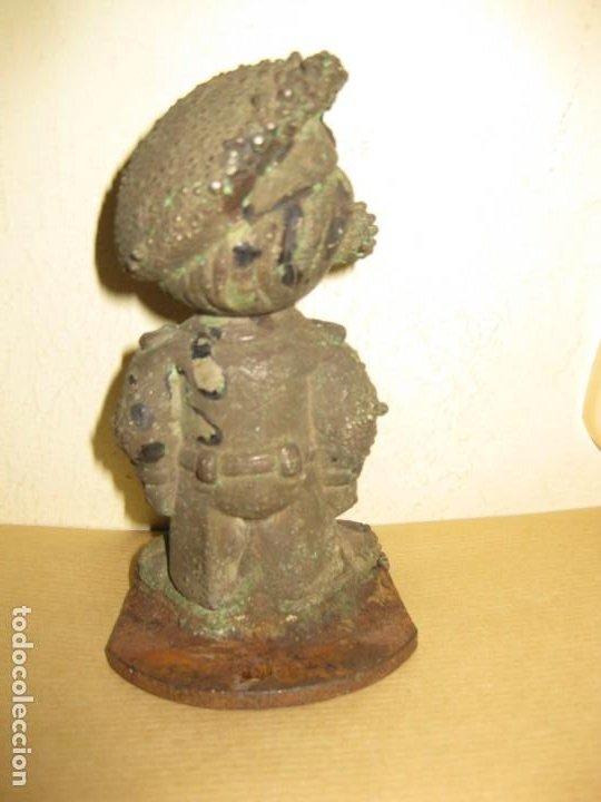 Juguetes Antiguos: curiosa figura de soldado niño . molde hierro fundido para muñeca 13/5cm- años 20-30 ? - Foto 3 - 189445703