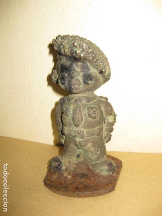 Juguetes Antiguos: curiosa figura de soldado niño . molde hierro fundido para muñeca 13/5cm- años 20-30 ? - Foto 4 - 189445703