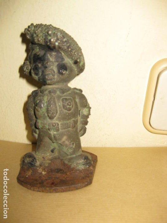 Juguetes Antiguos: curiosa figura de soldado niño . molde hierro fundido para muñeca 13/5cm- años 20-30 ? - Foto 5 - 189445703