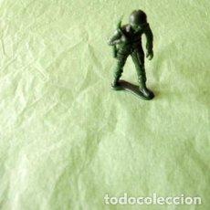 Juguetes Antiguos: FIGURAS Y SOLDADITOS DE 6 CTMS - 11127. Lote 194230800