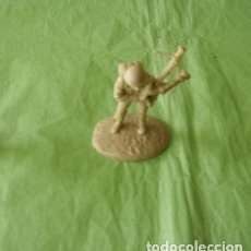 Juguetes Antiguos: FIGURAS Y SOLDADITOS DE 6 CTMS - 11149. Lote 194608370
