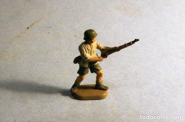 Juguetes Antiguos: REVELL Escala 1/72. 14 soldados alemanes Afrika Korps Pintados a mano. - Foto 2 - 195254496
