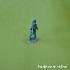 Juguetes Antiguos: FIGURAS Y SOLDADITOS DE 6 CTMS - 11198. Lote 195306428