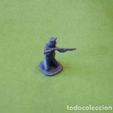 Juguetes Antiguos: FIGURAS Y SOLDADITOS DE 6 CTMS - 11206. Lote 195413193