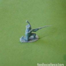 Juguetes Antiguos: FIGURAS Y SOLDADITOS DE 6 CTMS - 11210. Lote 195449310