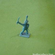 Juguetes Antiguos: FIGURAS Y SOLDADITOS DE 6 CTMS - 11211. Lote 195449356