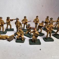 Juguetes Antiguos: AIRFIX. ESCALA 1/76. 16 SOLDADOS BRITISH INFANTRY D-DAY OPERATION OVERLORD. PINTADOS A MANO.. Lote 195527657