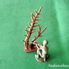 Juguetes Antiguos: FIGURAS Y SOLDADITOS 6 CTMS -11552. Lote 205343812