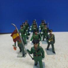 Juguetes Antiguos: LOTE 13 SOLDADITOS SERIE COMPLETA DESFILE GUARDIA CIVIL SOLDIS. Lote 206904287