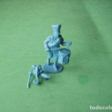 Juguetes Antiguos: FIGURAS Y SOLDADITOS DE 6 CTMS -11640. Lote 206954217