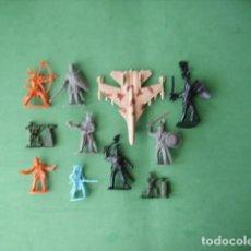 Juguetes Antiguos: FIGURAS Y SOLDADITOS DE 5 Y 6 CTMS-11874. Lote 210165985