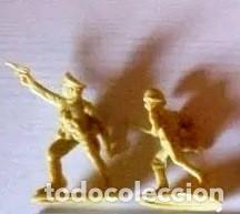 LOTE DE CINCO SOLDADOS DE PLÁSTICO, MADE IN TAIWAN, AÑOS 60/70. EN MUY BUEN ESTADO. (Juguetes - Soldaditos - Otros soldaditos)