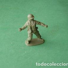 Juguetes Antiguos: FIGURAS Y SOLDADITOS DE 5 A 6 CTMS- -12457--REPOSICION--. Lote 217190795