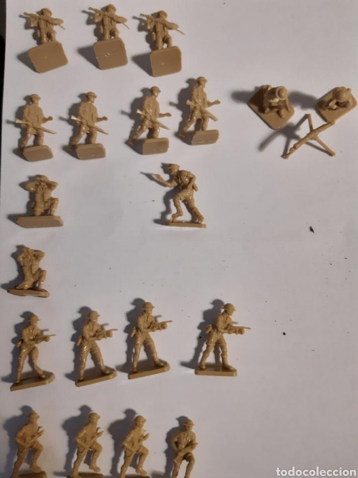 Juguetes Antiguos: 41 Soldados airfix eight army (britanicos) escala 1/72 - Foto 4 - 221703332