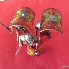 Juguetes Antiguos: SOLDADOS LEGIÓN ROMANA. 3 UNIDADES. FORMACIÓN DEFENSA TORTUGA.CALIDAD TOP. Lote 221806595
